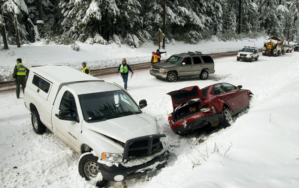 snow car accident